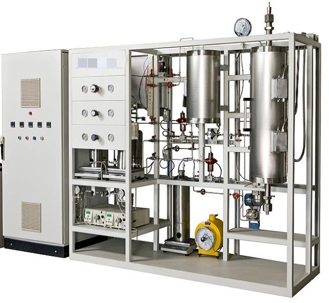 二液三汽催化剂评价装置